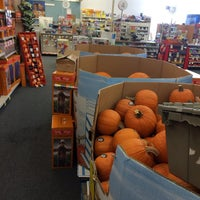 Photo taken at Albertsons by Tülin o. on 10/1/2013