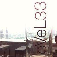 Das Foto wurde bei LeVeL 33 Craft-Brewery Restaurant & Lounge von Eddie S. am 5/25/2013 aufgenommen