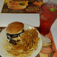 Photo taken at Steak 'n Shake by Chuck S. on 10/5/2016