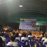 Photo taken at วัดปิตุลาธิราชรังสฤษฎิ์ (วัดเมือง) by Thosaphon C. on 7/30/2015