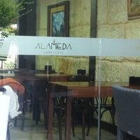 9/22/2014 tarihinde Jose B.ziyaretçi tarafından Cafeteria Alameda'de çekilen fotoğraf