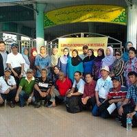 Photo taken at Surau Darul Qarar by Elle E. on 5/30/2012