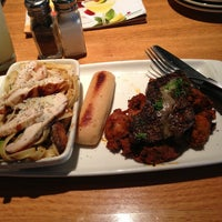 Photo taken at Applebee's Neighborhood Grill & Bar by Steven T. on 7/5/2013