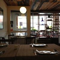 Foto tomada en Alamillo Restaurante por Mar el 3/16/2013