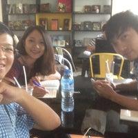 Photo taken at Book cafe Phương Nam by Kết Nhi on 8/4/2017