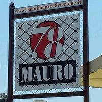 รูปภาพถ่ายที่ Bagni Mauro 78 Riccione โดย Roberto R. เมื่อ 7/6/2013
