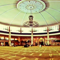 Photo taken at Masjid Raya Sabilal Muhtadin by andrian a. on 12/6/2013