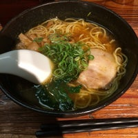 Photo taken at らーめん 熊五郎 新大阪店 by Takuya K. on 9/13/2016