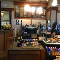 Photo taken at Peet's Coffee & Tea by Lawrence R. on 8/14/2016