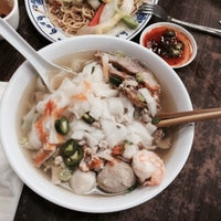 Photo taken at Vien Huong Restaurant by Curtis N. on 2/2/2015