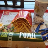 Снимок сделан в McDonald's пользователем Аня 10/7/2012