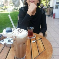 Photo taken at Gloria Jeans Coffee by Pelinsu E. on 10/17/2012