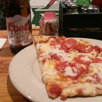 Photo taken at Pazzo's Pizza by Paco Villalora on 11/5/2014