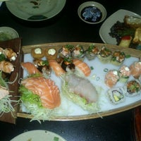 Photo taken at Shinpo Sushi by Yasmim M. on 1/4/2013