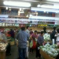 9/15/2012にJustin d.がHong Kong Supermarket 香港超級市場で撮った写真