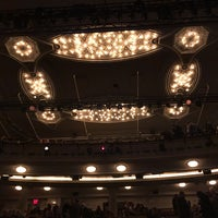 Foto tirada no(a) Hudson Theatre por Heather M. em 11/12/2017