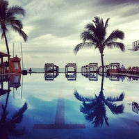 Photo taken at Crown Paradise Golden Resort & Spa by Hizay C. on 12/31/2012