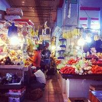 Foto tomada en Mercado de Santa Tere por Hizay C. el 1/11/2013