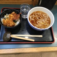 Photo taken at 小諸そば 茅場町店 by 🍤 は. on 12/15/2016