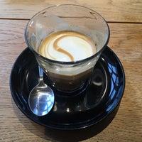 Foto scattata a Cafe Velvet Brussels da Martijn K. il 1/22/2018