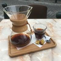 Das Foto wurde bei Cafe Velvet Brussels von Martijn K. am 7/17/2016 aufgenommen