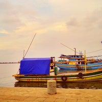 Photo taken at Pelabuhan Mayangan by nizar s. on 1/10/2014
