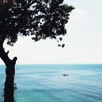 Photo taken at Crown Lanta Resort & Spa by Marta on 1/29/2013