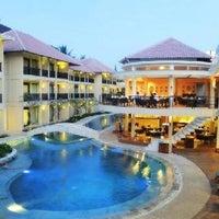 Photo taken at Ramada Resort Camakila Bali by Rohan K. on 5/29/2013