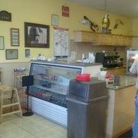 """Foto tomada en Lo mejor Del Mundo """"Cuban Cafe"""" por Francisco R. el 9/27/2012"""