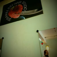 Photo taken at Strawberry Hair Studio by Iuejan B. on 12/14/2013