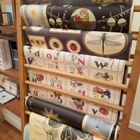 Foto tomada en McNally Jackson Store: Goods for the Study por Irina T. el 6/24/2017