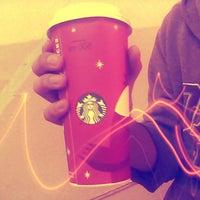 Foto tomada en Starbucks por Juan De Dios L. el 11/6/2012