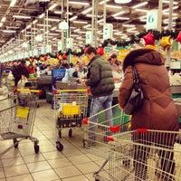 Das Foto wurde bei О'КЕЙ von Катя 📷 М. am 12/31/2012 aufgenommen