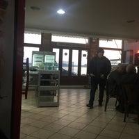 Photo taken at Μάνικα Καφέ by Mennane✔️ on 2/7/2018