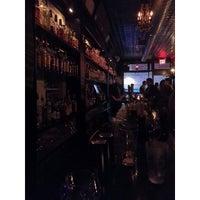 Das Foto wurde bei Caledonia Bar von Andrea T. am 11/2/2013 aufgenommen