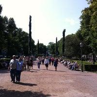 7/9/2013 tarihinde Asko M.ziyaretçi tarafından Esplanadin puisto'de çekilen fotoğraf