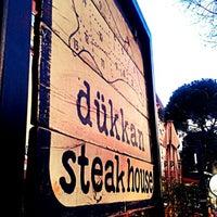 10/18/2012 tarihinde Ufuk G.ziyaretçi tarafından Dükkan Steakhouse'de çekilen fotoğraf