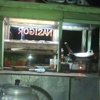 Photo taken at Nasi Goreng Kangen Malam (Mang Ata) by Bonny S. on 3/15/2013