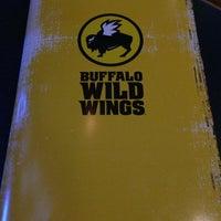 Foto tomada en Buffalo Wild Wings por Michael C. el 1/16/2013