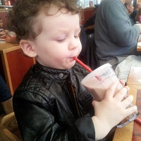Photo taken at Red Robin Gourmet Burgers by Peter H. on 2/23/2013