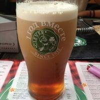 Снимок сделан в Clever Irish Pub пользователем Mila 7/22/2013