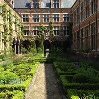 Photo taken at Museum Plantin-Moretus | Prentenkabinet by Sofie S. on 6/2/2013