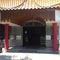 Foto tomada en Restaurant Tung-Hoi por Yuck-Jeng C. el 1/14/2014