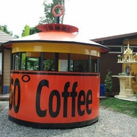 Photo taken at 360º Coffee by mai m. on 10/21/2012
