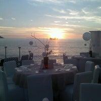 Photo taken at BEST WESTERN PLUS Luna del Mar by Joseza O. on 12/16/2012