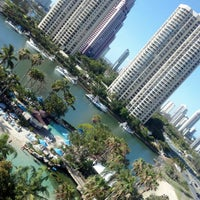 Photo taken at Surfers Paradise Marriott Resort & Spa by STEFCON 1 on 11/26/2012