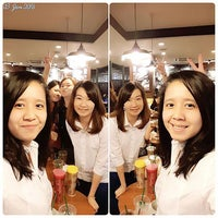 Photo taken at Guess Store, Sun Plaza, Medan - Sumut by Erny W. on 1/4/2016