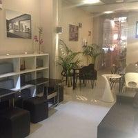 Photo taken at Bangkok Ristorante Thai Presso Ohm Living by Riccardo C. on 10/26/2012