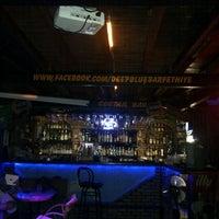 10/13/2012 tarihinde Burak Ahmet G.ziyaretçi tarafından Deep Blue Bar'de çekilen fotoğraf