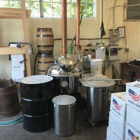 Photo taken at Mt. Defiance Cidery & Distillery by Frank C. on 6/30/2017